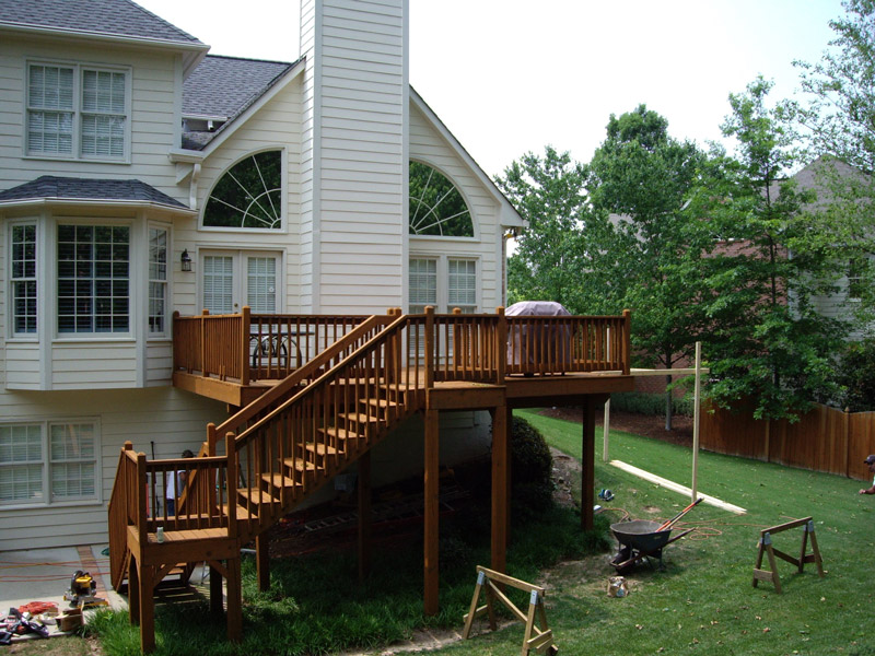 deck with stairs