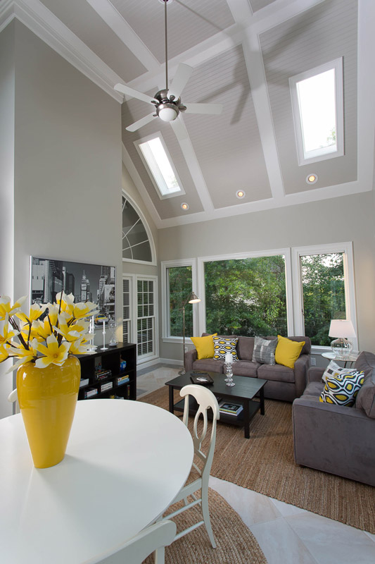tall ceiling and sunroom